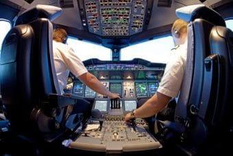 Welches Arbeitsrecht gilt für Flugkapitäne?