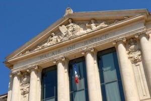 französischer Anwalt Tätigkeit vor Gericht