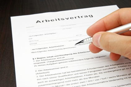 Neuer Arbeitsvertrag mit Aufgaben