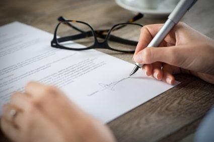 Unterzeichnung der Satzung