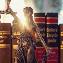 Anfechtung des Tarifvertrags durch den Richter